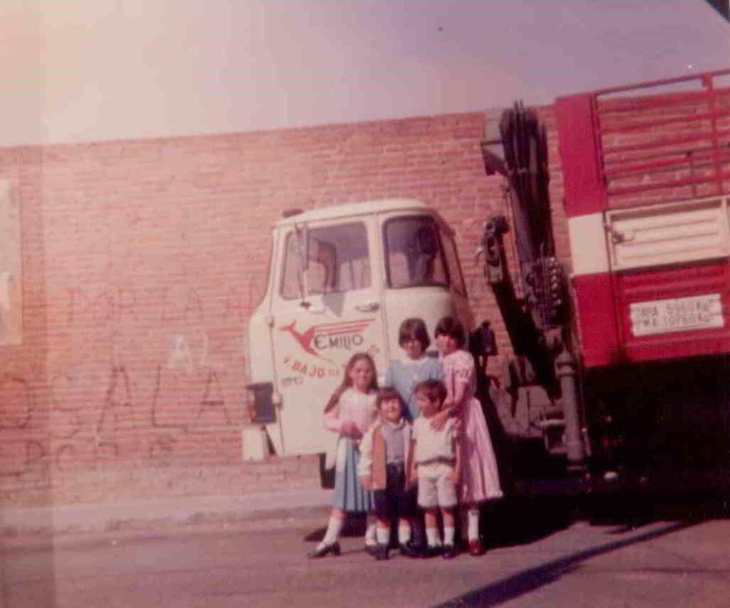 Foto antigua camión transportes Emilio