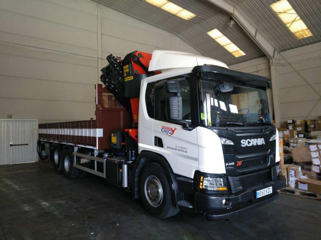 Camión grúa Scania lateral 2