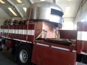 Trabajo grúa horno Tenerife cargado